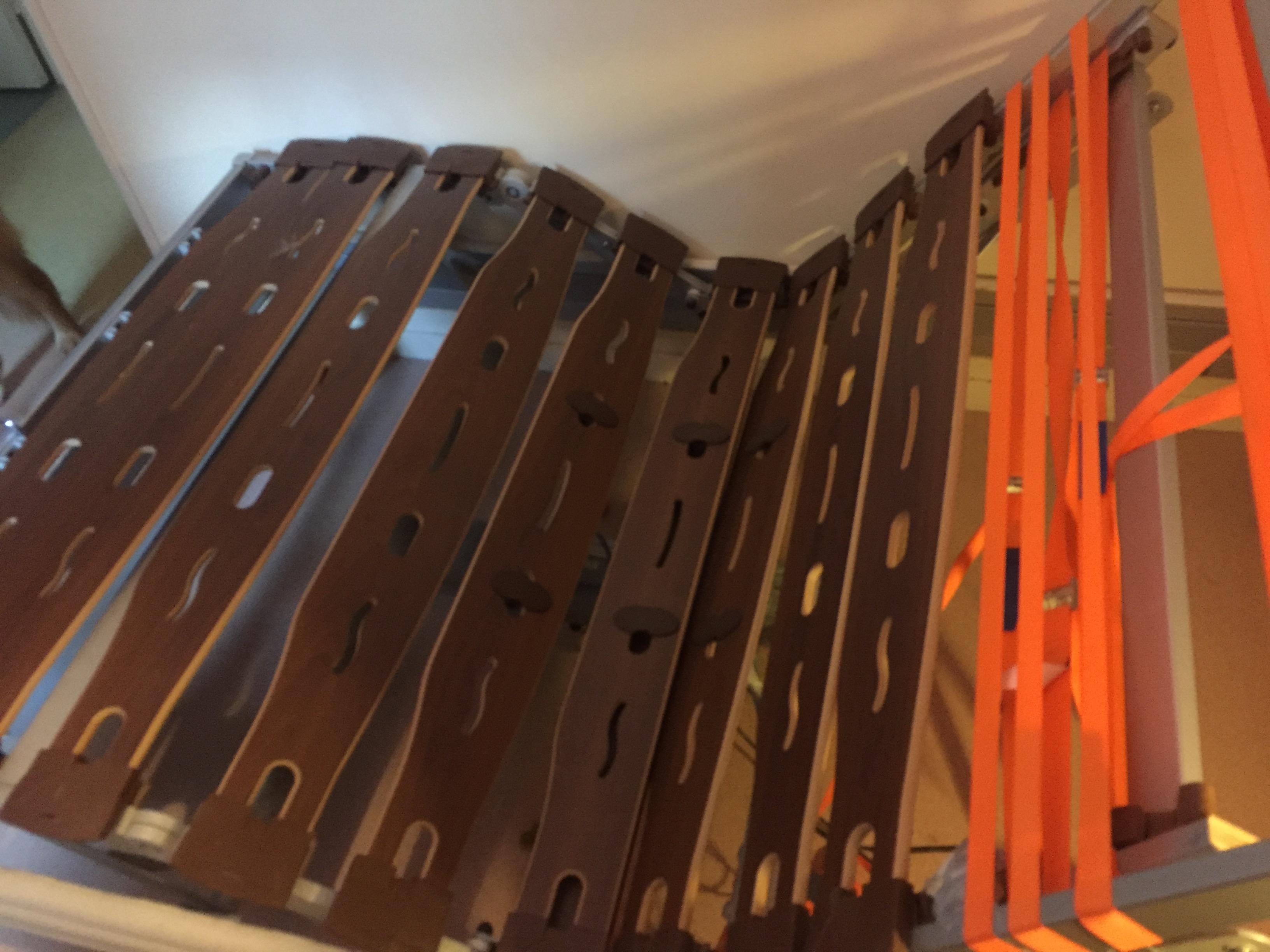 dons objets gratuits lit lectrique andr renault matelas. Black Bedroom Furniture Sets. Home Design Ideas